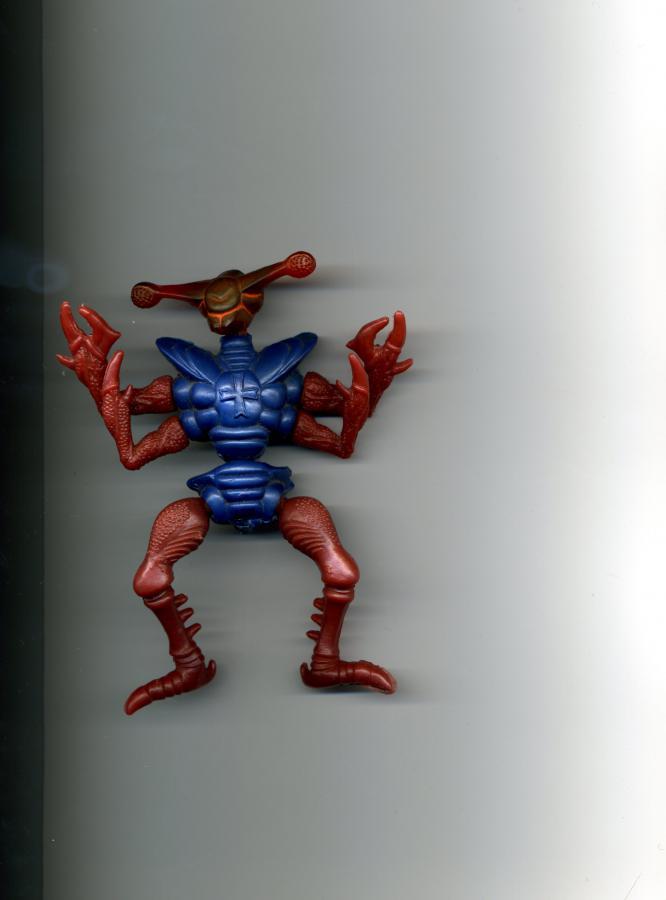 У кого были такие игрушки? (фигурки монстров 90-х годов